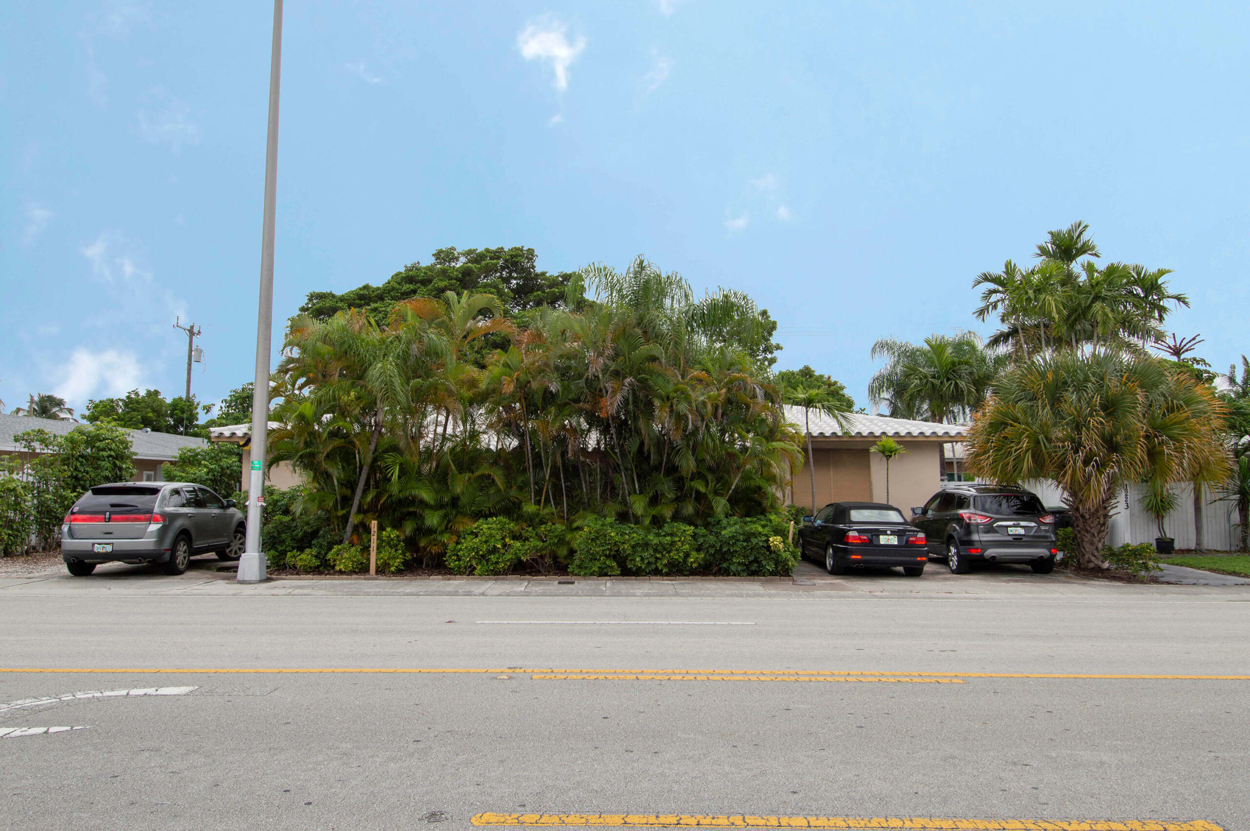 House Front for 1211-1215 NE 15th Avenue, Fort Lauderdale FL 33304