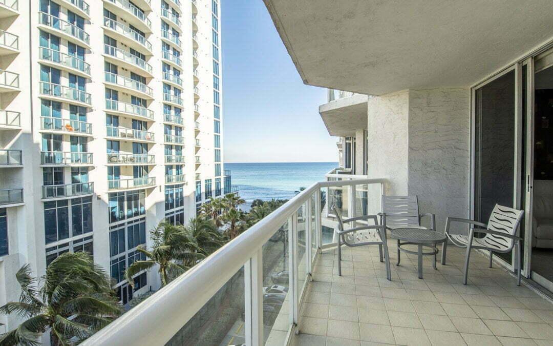 17275 Collins Avenue, Unit 712, Sunny Isles Beach, FL 33160 – MLS A10970355