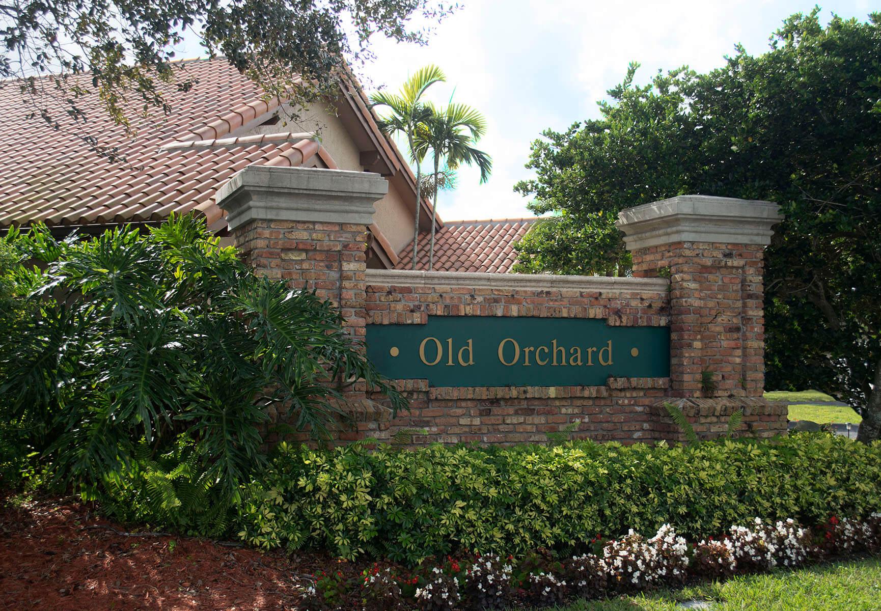 9651-Ridgeside-Ct-Davie-FL-30-Community-Entrance