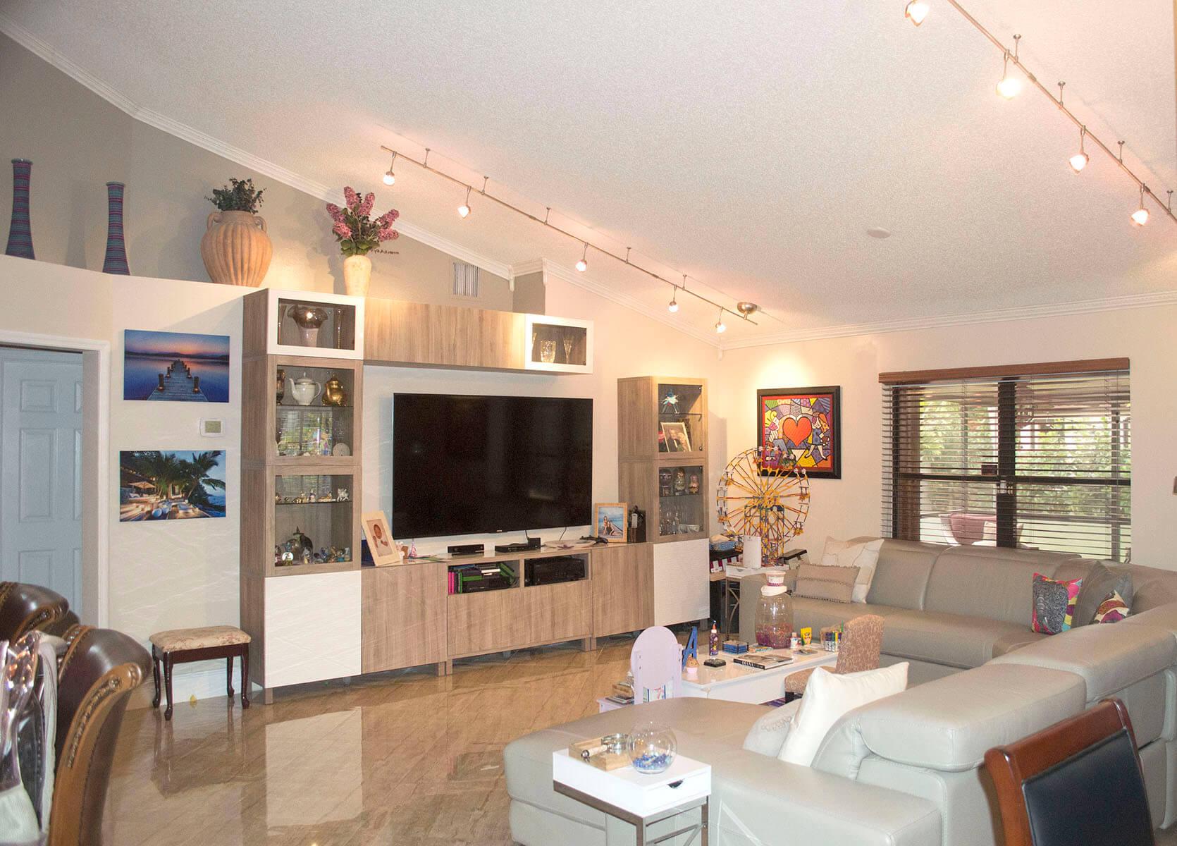 9651-Ridgeside-Ct-Davie-FL-4-Living-Room