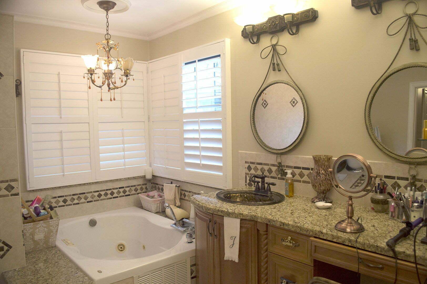 9651-Ridgeside-Ct-Davie-FL-7-Master-Bathroom-1