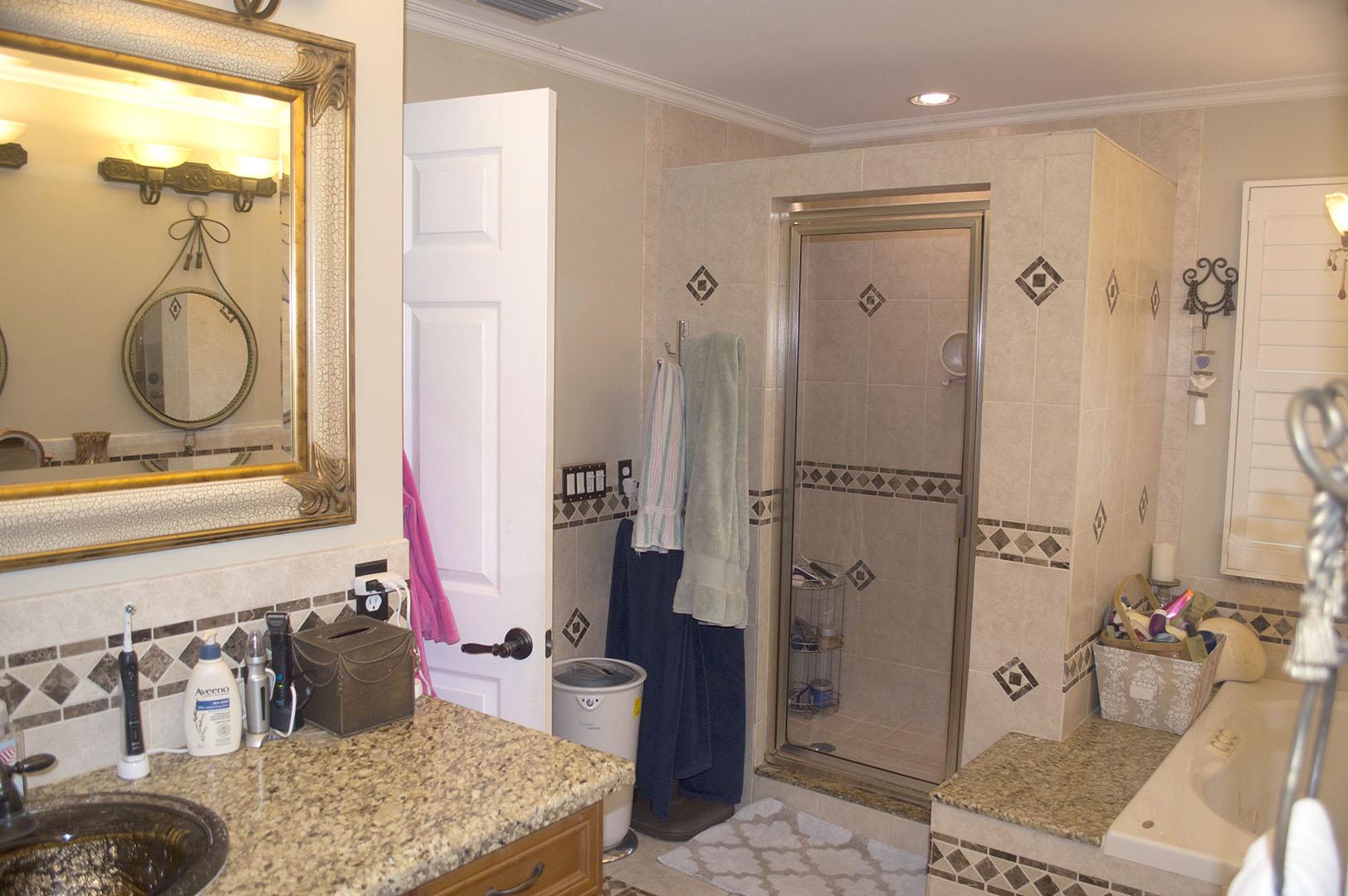 9651-Ridgeside-Ct-Davie-FL-7-Master-Bathroom-2