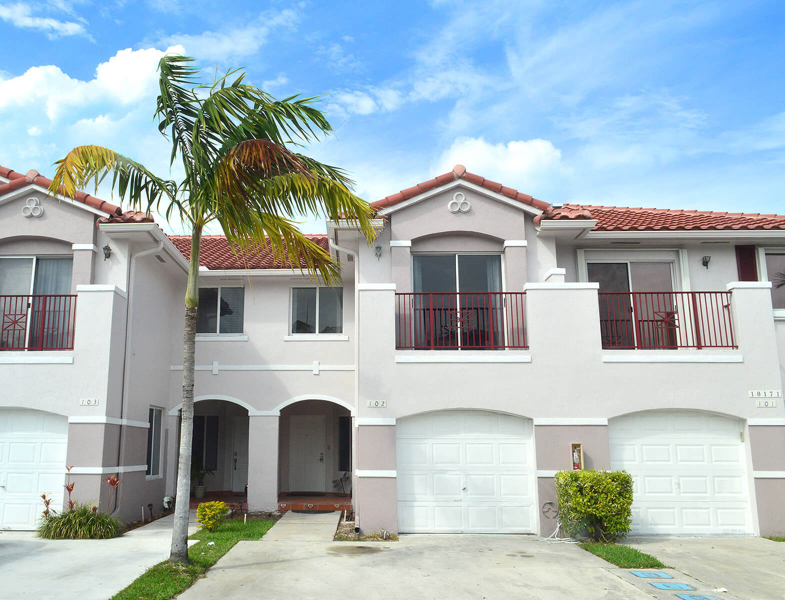 10171-SW-154-Circle-Ct-Miami-FL-33196-1-House-Front.jpg