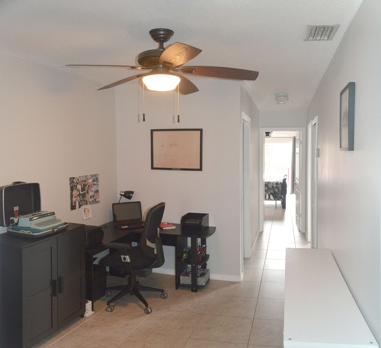 10171-SW-154-Circle-Ct-Miami-FL-33196-13-Upper_Hallway.jpg