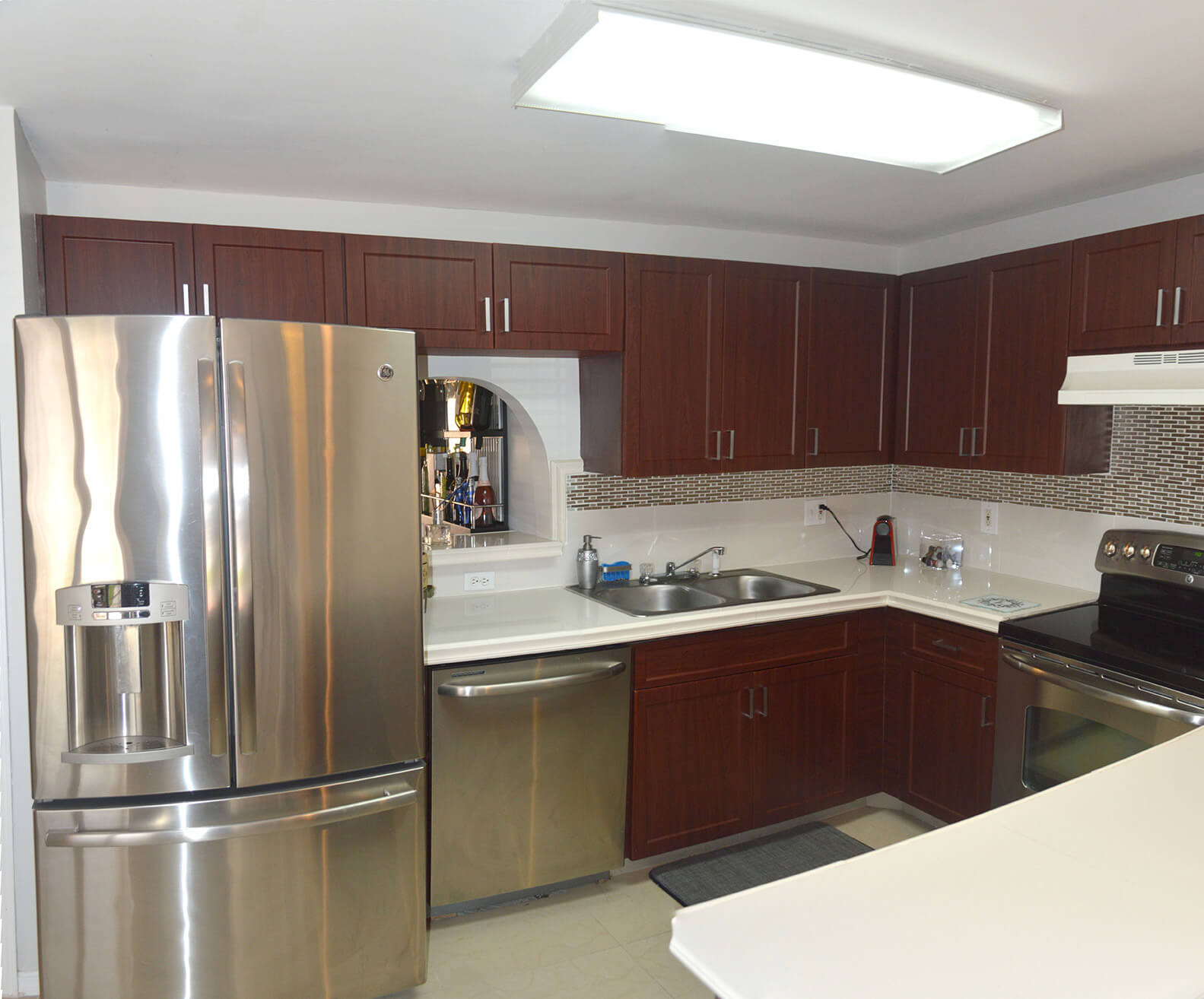 10171-SW-154-Circle-Ct-Miami-FL-33196-6-Kitchen.jpg