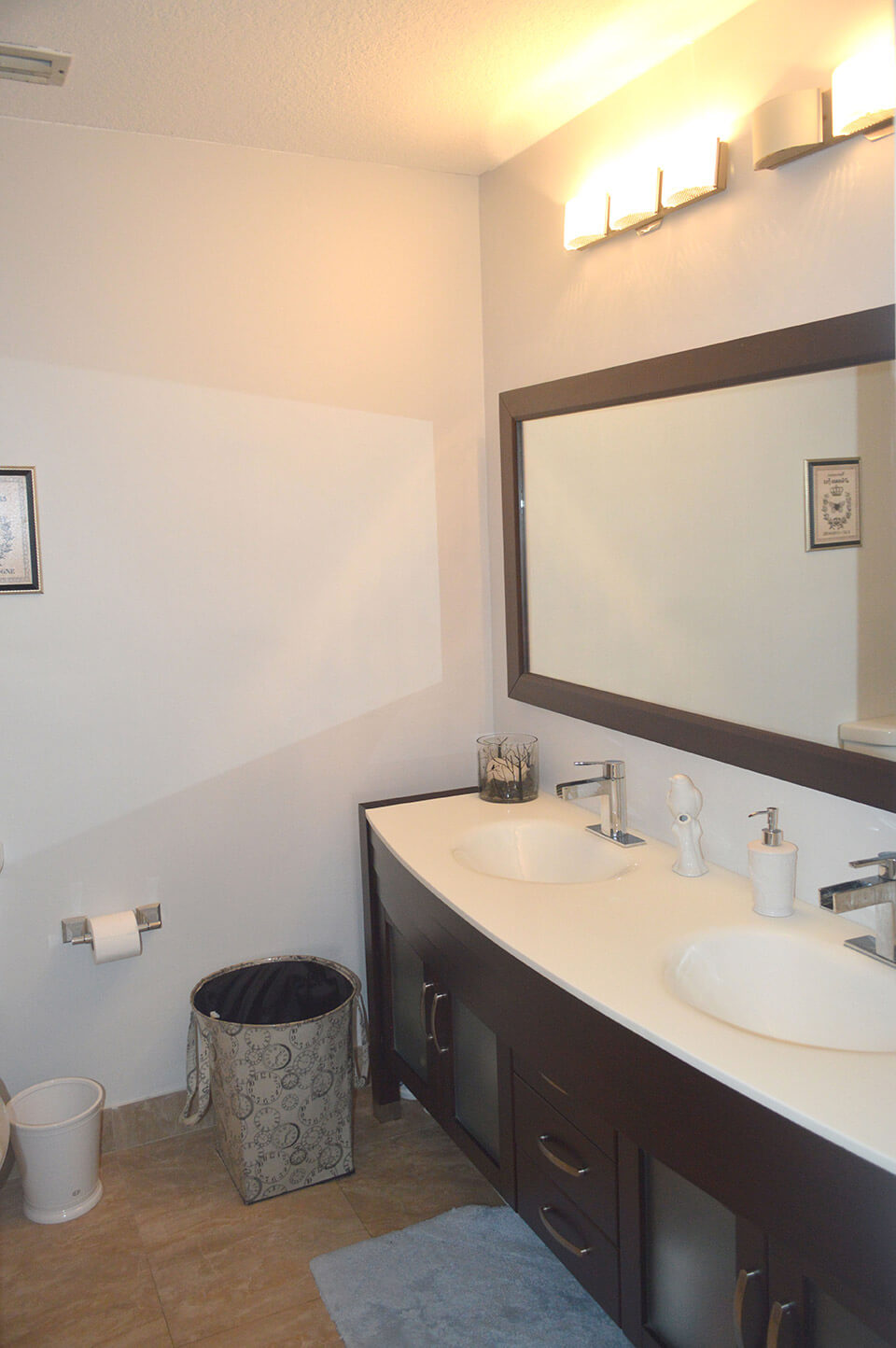 10171-SW-154-Circle-Ct-Miami-FL-33196-8-Master-Bath.jpg